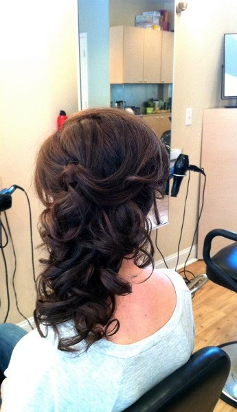1350050362720 55664710150860680696524655851229n Nyack wedding beauty
