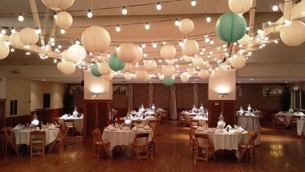 Cincinnati wedding venues reviews for 203 venues for Decor international middletown ohio