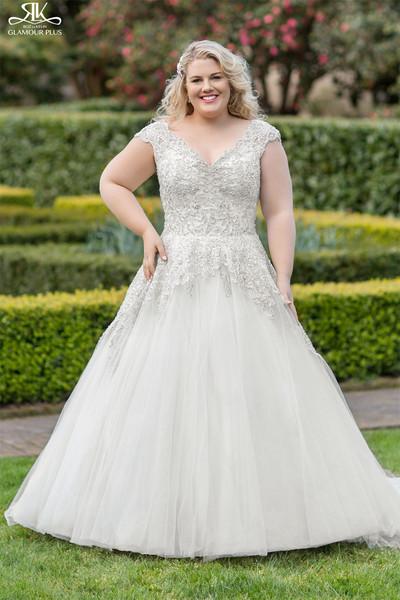 Blush formal bridal salon baton rouge la wedding dress for Wedding dress rental baton rouge