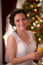 220x220 1480916861660 stunning bride