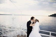220x220 1346184198181 weddingonboat11