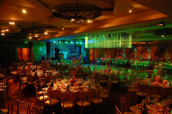 photo 8 of L.A. Banquets featuring Anoush Catering