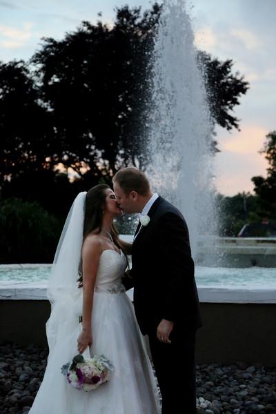 600x600 1470337401511 weddings6