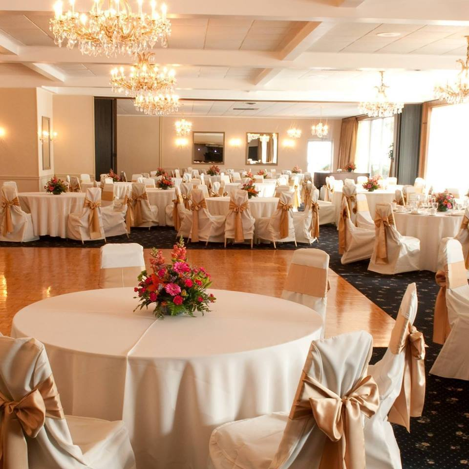 Northampton wedding venues reviews for venues iron lakes country club junglespirit Choice Image