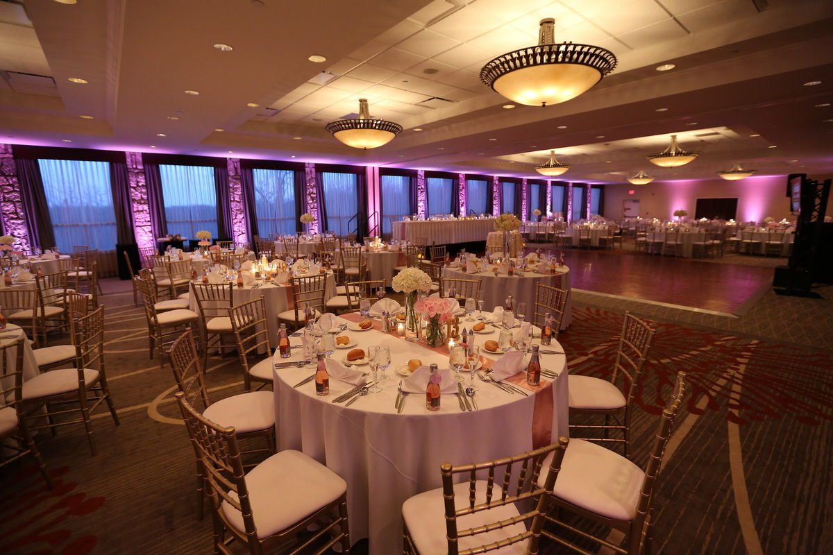 Doubletree By Hilton Pittsburgh Airport Venue