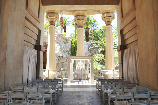 Weddings by mandalay bay las vegas nv wedding venue for Wedding venues in las vegas nv