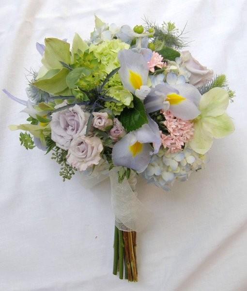 flowers and finery flowers west roxbury ma weddingwire. Black Bedroom Furniture Sets. Home Design Ideas