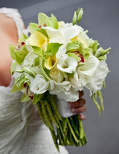 220x220 1367621140765 brides flowers