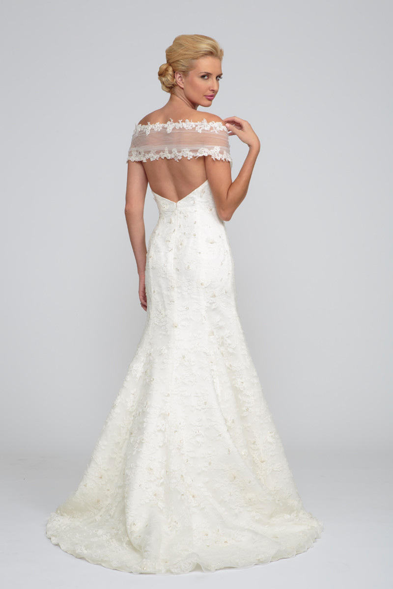 Sweetheart winter wedding dresses photos amp pictures weddingwire com