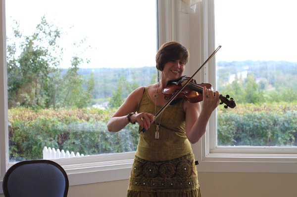 photo 7 of Rhonda Lynn Violin