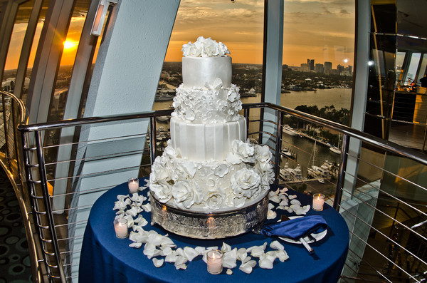 1366225511256 Wedding Cake Fort Lauderdale wedding planner