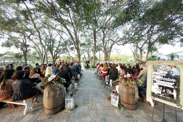 1524000057 1a80b500f6b66340 1524000056 0ab5834cb4b504f8 1524000049315 19 Up The Creek Farm Fort Lauderdale wedding planner