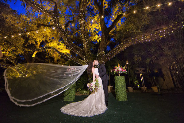 1524085939 3798d49398cfcb29 1524085935 821e43ef659799f3 1524085889750 20 Portraits 0033 Fort Lauderdale wedding planner