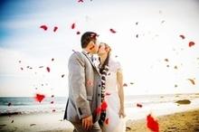 220x220 1448300668 77a0c1d134634a5d california beach wedding