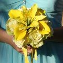 130x130_sq_1353818515874-yellowcallabouquet3