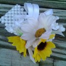 130x130_sq_1361855716970-courtneysunflowercorsage