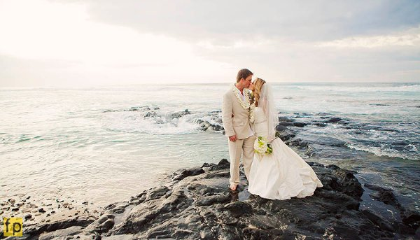 photo 12 of Hawaii Island Weddings by Kauka