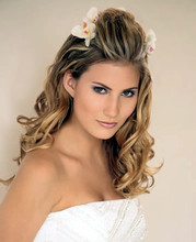 220x220 1366332782037 2011 modern wedding hairstyle