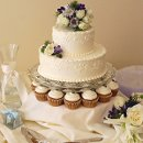 130x130 sq 1353968006445 weddingcupcakescloseup