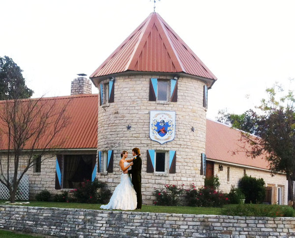 Smythwick Castle Amp Lodge Marble Falls Tx Wedding Venue