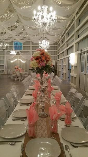Shabby Chic Barn And Saxon Manor Brooksville Fl Wedding