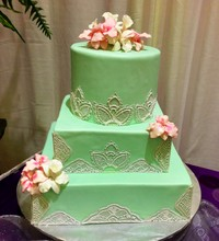 220x220 1386661454117 green lace cak