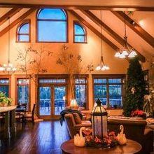 220x220 sq 1503001630 92c7e8678b9d2ec2 happiest place on earth edgewood inn