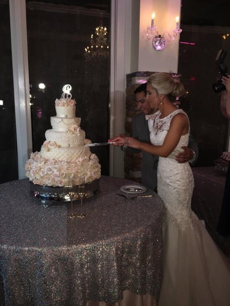 wedding cake cutting songs in spanish the overlook humble tx wedding venue 22344