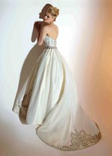 VCH209 Silk Gros ball gown with jeweled bodice and front and back skirt applique.