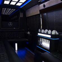 220x220 sq 1502040062 bc62211c80e7a7d7 motor city limousine 5023 web