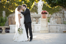 220x220_1408487567440-jacuzzi-winery-wedding