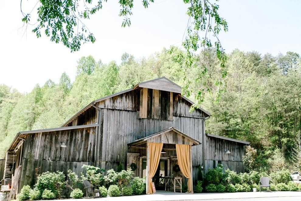 The Barn At Chestnut Springs Reviews Sevierville Tn