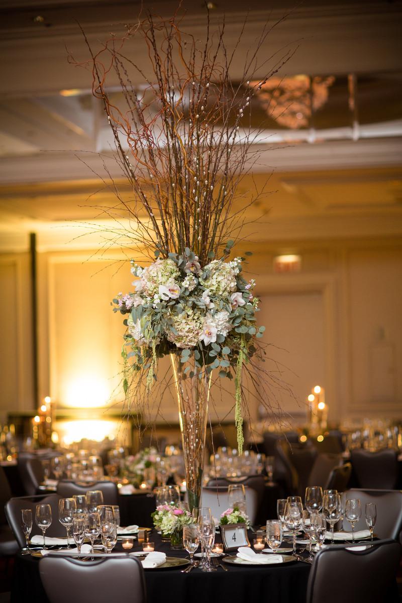 Bunches A Flower Shop Flowers Chicago Il Weddingwire