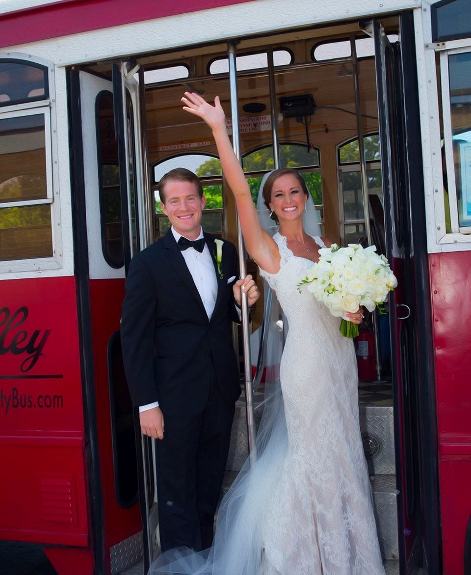 Indianapolis Wedding Limos - Reviews for 15 Limos
