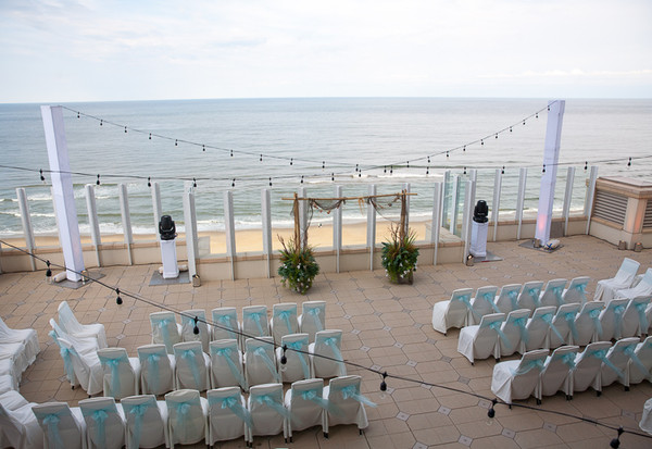 oceanaire resort hotel virginia beach va wedding catering. Black Bedroom Furniture Sets. Home Design Ideas