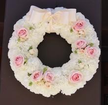 220x220 1413913947170 wreath