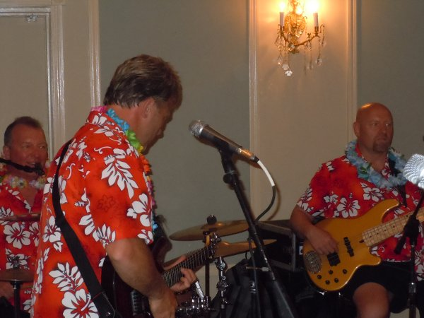 photo 7 of Aloha Beach Band - Tropical Band!