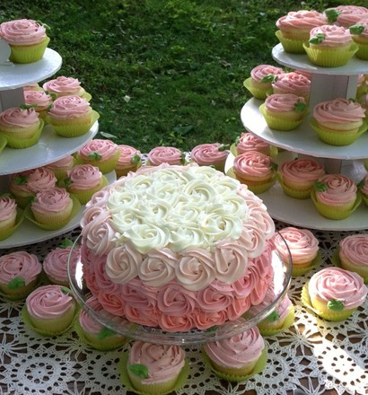 Custom Cakes & Cupcakes by Trish