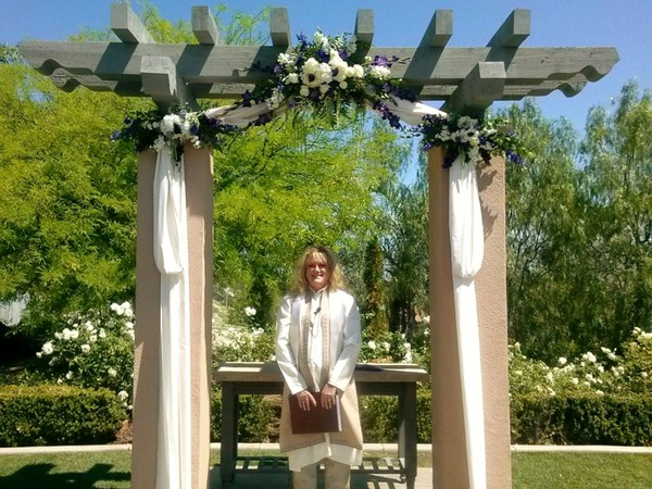 1399651301346 10311967768497479861157826375579 Pomona wedding officiant