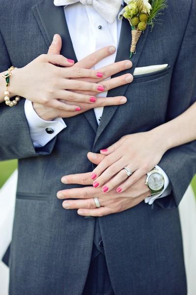 600x600 1480973854967 elizabeth and anthonys wedding19818143173o