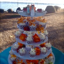 Cookies Delivery Maui Hi >> Cake Fanatics in Maui - Wedding Cake - Lahaina, HI - WeddingWire