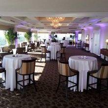 220x220 sq 1506354747 b4d1d7bf99394a15 ballroom reception