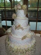 220x220 1421352966501 patisserie roses wedding cake