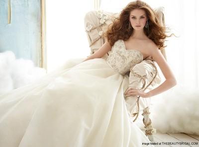 400x400 1394078212958 jim hjelm wedding dres