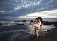 220x220 1422555646354 california beach wedding 786e