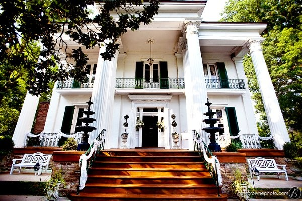 Riverwood mansion venue nashville tn weddingwire for Wedding dress rental nashville tn