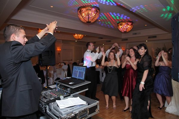 1416609095719 74508101503043856400687358772n Alamo wedding dj