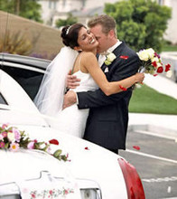 220x220 1365828285247 bride groom limousine