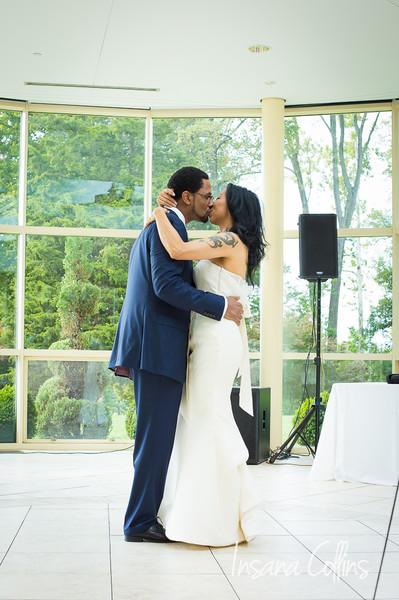 600x600 1498395544690 wm adrisan wedding 8959
