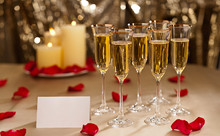 220x220 1370188676228 bigstock gold glitter wedding reception 40905271